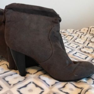 Mossimo calf length boot with heels